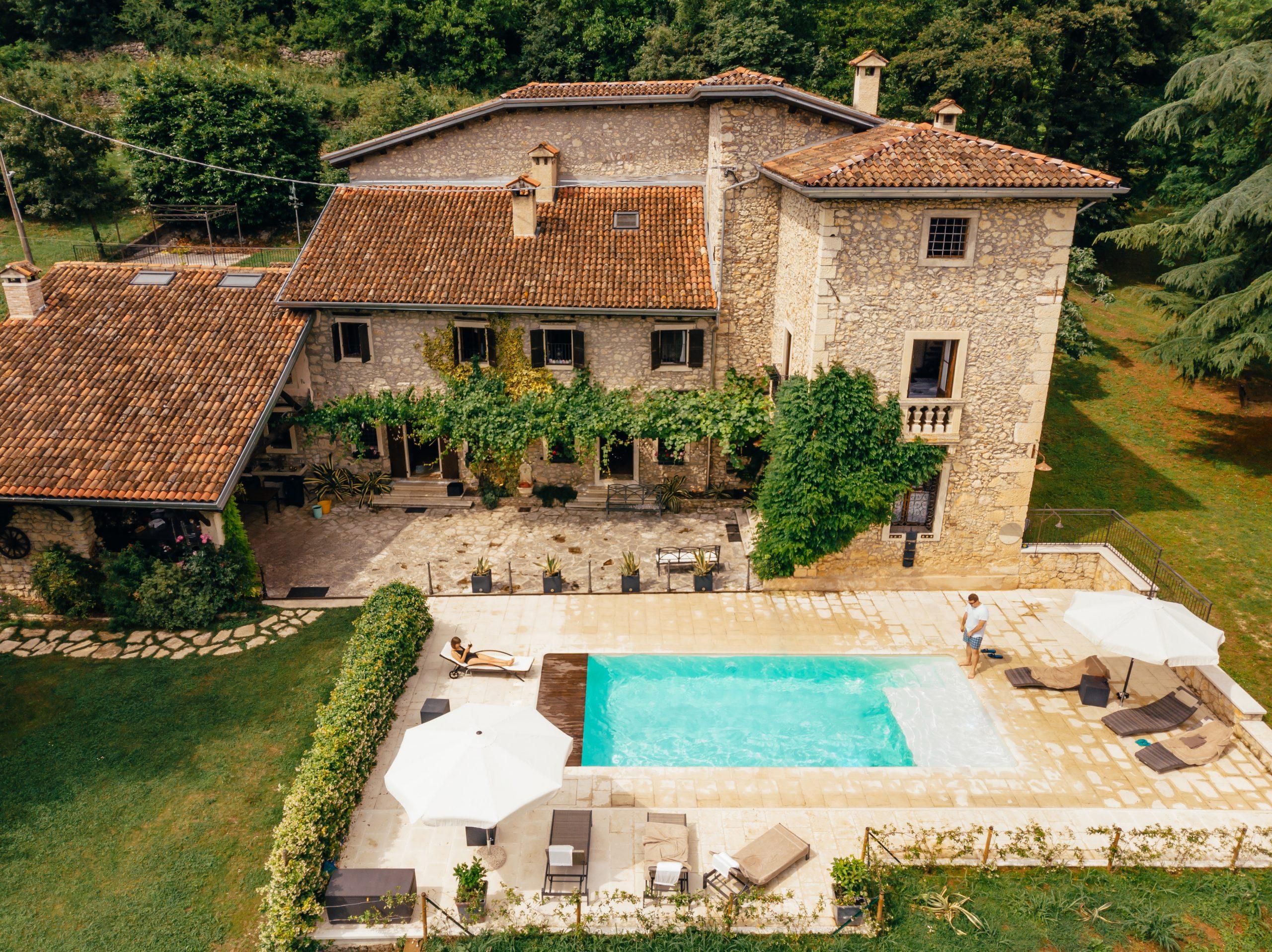 Idyllia-gestione-case-vacanze-affitti-brevi-magazine-casale-lusso-in-affitto-lazio-umbria